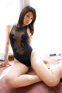 大迫麗香さんの水着